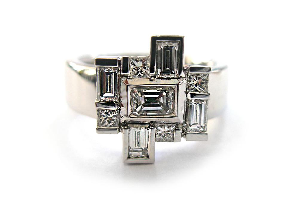 Rectangular and princess cut diamonds bar and bezel set white gold ring