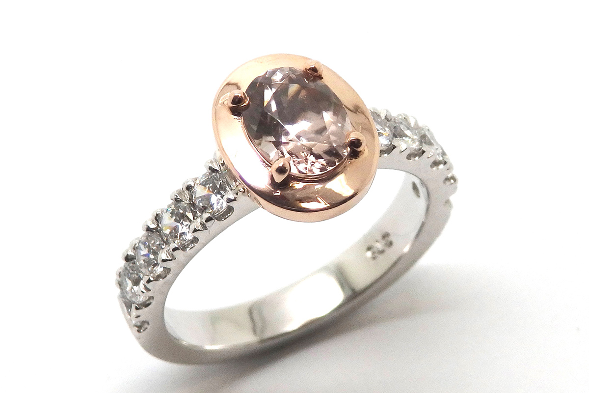 Oval zircon and cubic zirconia dress ring
